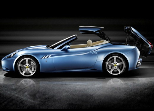 Schumacher testa la Ferrari California