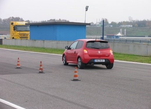 Renault Twingo RS – Test Drive - Foto 20 di 60