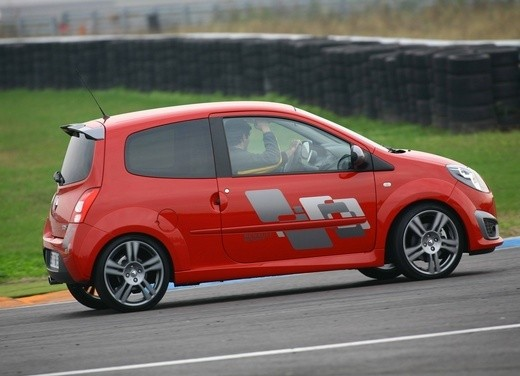 Renault Twingo RS – Test Drive - Foto 32 di 60