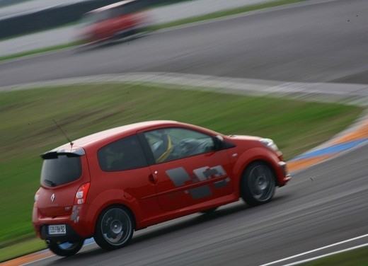 Renault Twingo RS – Test Drive - Foto 36 di 60