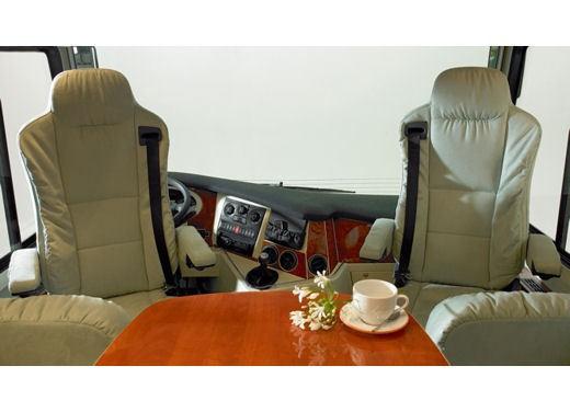 Concorde – camper di lusso - Foto 8 di 65