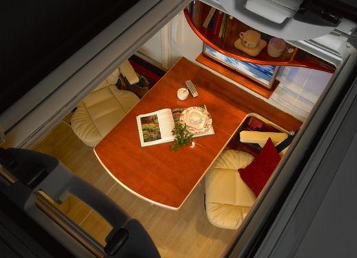 Concorde – camper di lusso - Foto 14 di 65