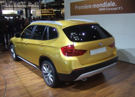BMW X1: immagini dal Salone dell'Auto di Parigi 2008 - Foto 1 di 14