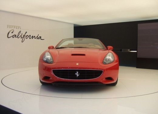 Ferrari California – Parigi 2008 - Foto 8 di 22