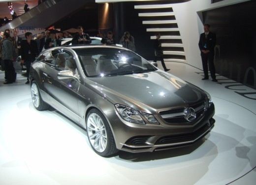 Mercedes Classe E Concept – Parigi 2008 - Foto 1 di 12