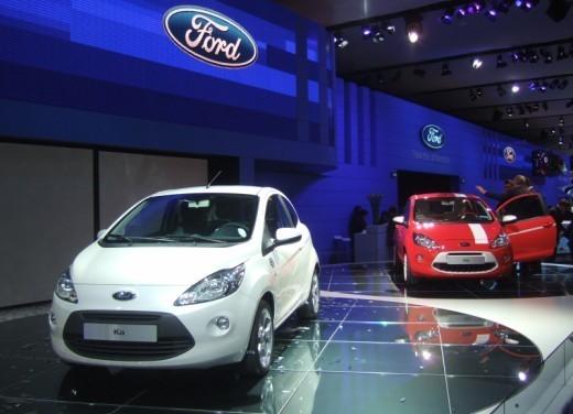 Nuova Ford Ka presentata al Salone di Parigi la piccola citycar - Foto 9 di 18