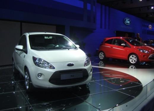 Nuova Ford Ka presentata al Salone di Parigi la piccola citycar - Foto 11 di 18