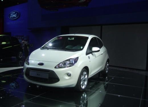 Nuova Ford Ka presentata al Salone di Parigi la piccola citycar - Foto 12 di 18