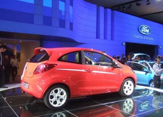 Nuova Ford Ka presentata al Salone di Parigi la piccola citycar - Foto 14 di 18