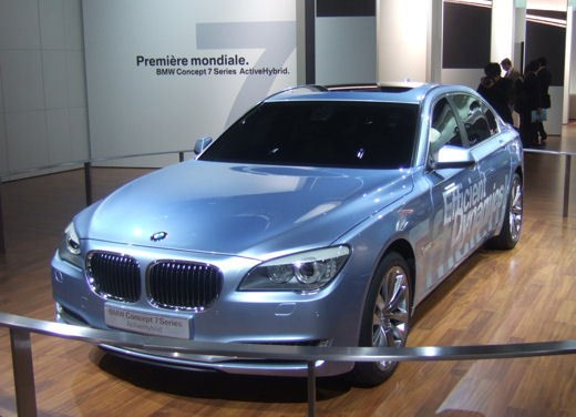 BMW Serie 7: immagini dal Salone dell'Auto di Parigi 2008 - Foto 10 di 15