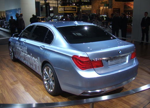 BMW Serie 7: immagini dal Salone dell'Auto di Parigi 2008 - Foto 14 di 15
