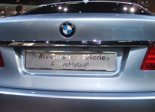 BMW Serie 7: immagini dal Salone dell'Auto di Parigi 2008 - Foto 5 di 15