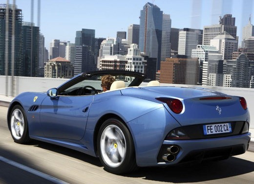 Ferrari California – Test Drive Report - Foto 21 di 56