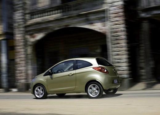 Nuova Ford Ka - prezzi a partire da 9.750 Euro per la compatta Ford