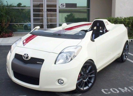 Toyota Yaris Cabrio by Five Axis Design - Foto 2 di 7