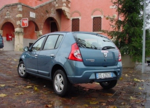 Dacia Sandero – Long Test Drive - Foto 33 di 40