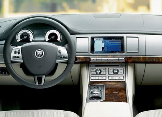Jaguar XF Diesel S - Foto 16 di 23