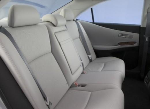 Lexus HS250h - Foto 13 di 21