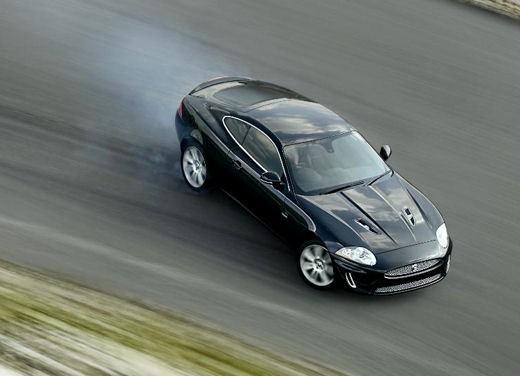 Jaguar XKR - Foto 7 di 26