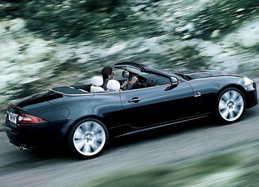 Jaguar XKR - Foto 9 di 26