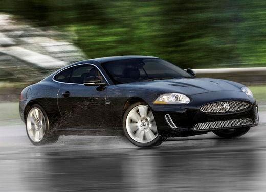 Jaguar XKR - Foto 11 di 26