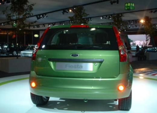 Ford nuova Fiesta si ringiovanisce per sfidare al meglio Opel Corsa e Fiat Punto