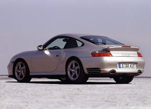 Porsche 911 Turbo S - Foto 2 di 3