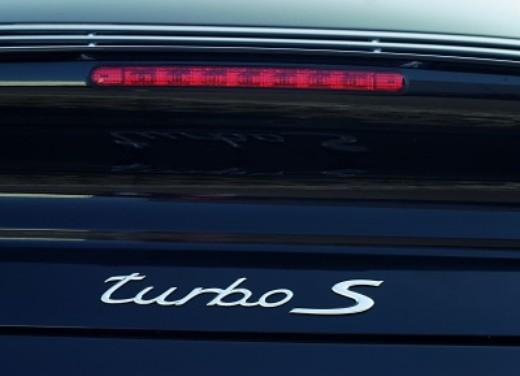 Porsche 911 Turbo S - Foto 3 di 3