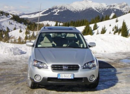 Subaru Outback 3.0: Test Drive - Foto 1 di 8