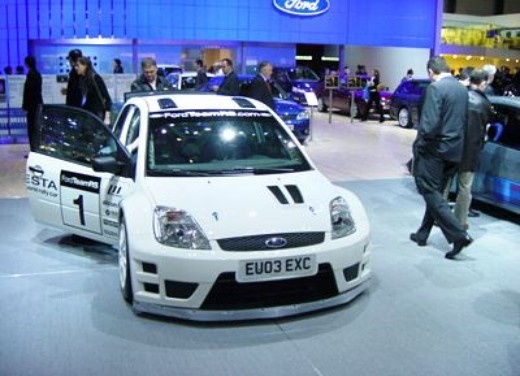 Ford a Ginevra 2004 - Foto 3 di 3
