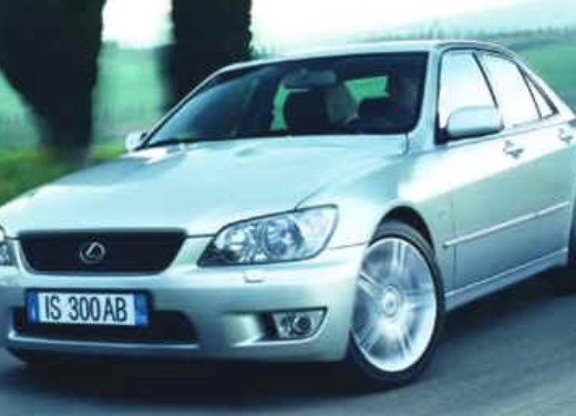 Lexus IS 300 berlina e SW - Foto 1 di 7