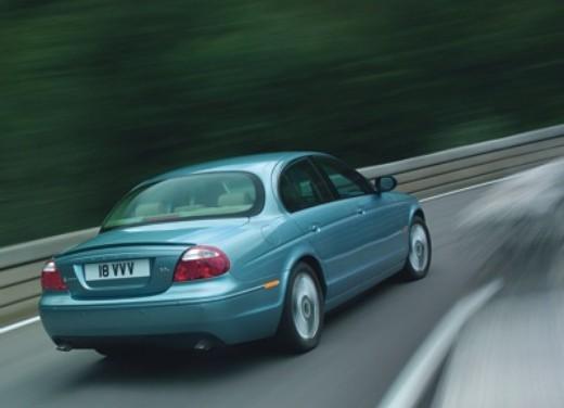 Jaguar S-Type M.Y. 2004 - Foto 1 di 8