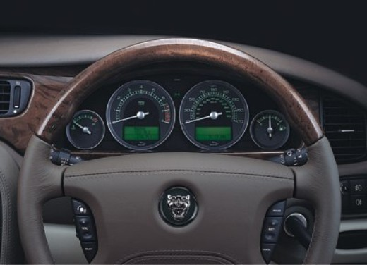 Jaguar S-Type M.Y. 2004 - Foto 8 di 8