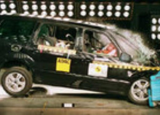 Crash test Ford Galaxy