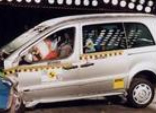 Crash test Mercedes Vaneo