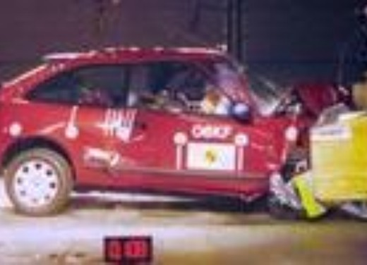 Crash test Rover 25