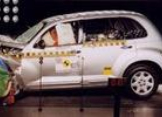 Crash test Chrysler PT Cruiser
