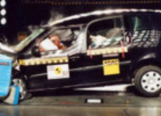 Crash test Skoda Roomster