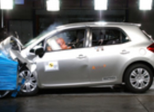 Crash test Toyota Auris