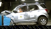 Crash test Daihatsu Terios