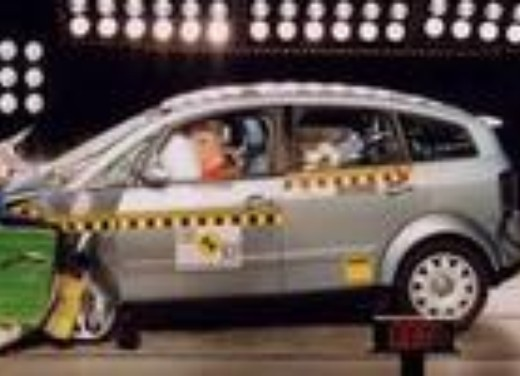 Crash test Audi A2