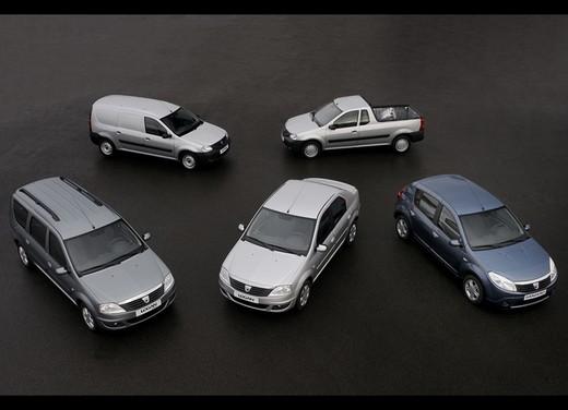 Dacia Gamma 2009 - Foto 3 di 99