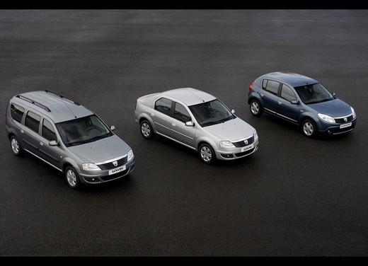 Dacia Gamma 2009 - Foto 13 di 99
