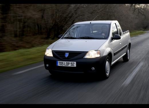 Dacia Gamma 2009 - Foto 27 di 99