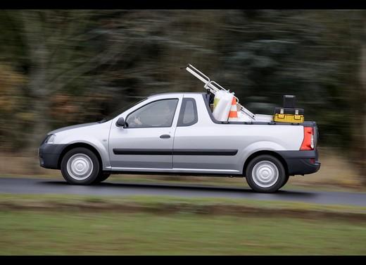Dacia Gamma 2009 - Foto 30 di 99