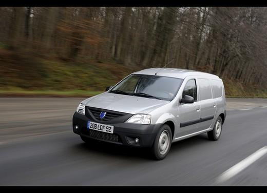 Dacia Gamma 2009 - Foto 48 di 99