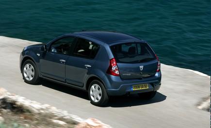Dacia Gamma 2009 - Foto 69 di 99