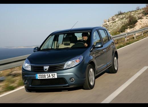 Dacia Gamma 2009 - Foto 71 di 99