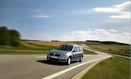 Dacia Gamma 2009 - Foto 87 di 99
