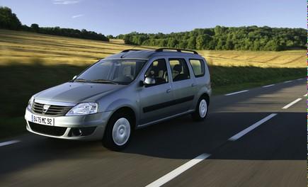 Dacia Gamma 2009 - Foto 89 di 99